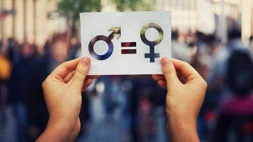 Quand le féminisme prend de la place dans notre société♡